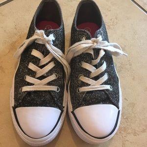 Girls Airwalk shoes
